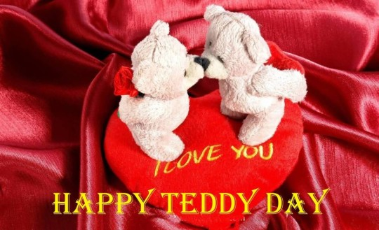 Lovely Happy Teddy Day Sweet Image