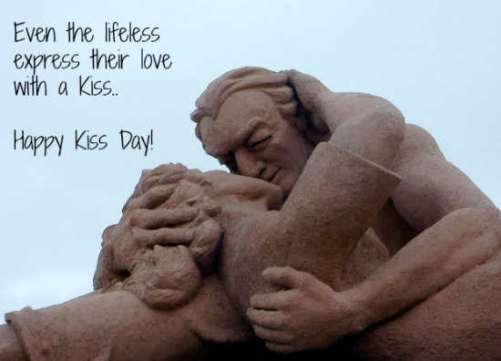 Latest Kiss Day Photos